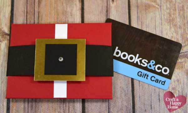 Looking for unique gift card holders for Christmas?  This DIY Santa Suit gift card holder is easy to make and a great way to jazz up a boring gift card.